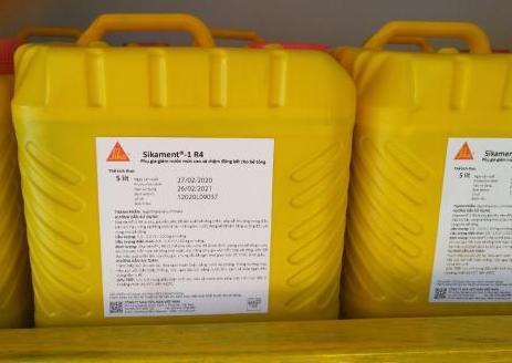 SIKAMENT R4, Phụ gia kéo dài thời gian ninh kết và giảm nước cao cấp co bê tông